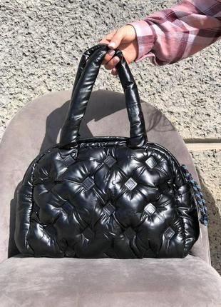 Жіноча стильна  дута сумка в кольорах чорний
