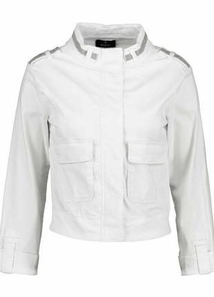 Белая куртка пиджак ветровка monari
