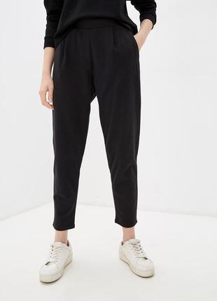 Базовые брюки от cos