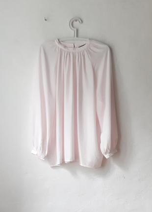 Нежная обьемная блуза