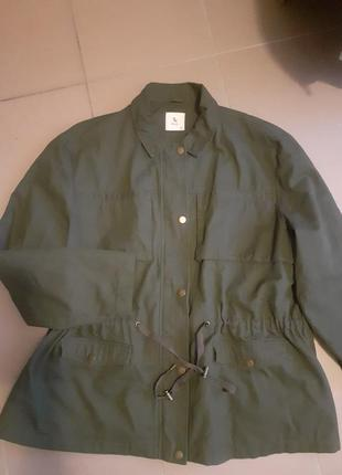Куртка легкая ,куртка батал,куртка с елементом вышивки