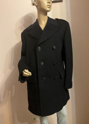 Шикарное демисезонное мужское пальто/xl/brend invertere