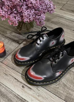 Туфли оксфорды dr. martens необычной расцветки