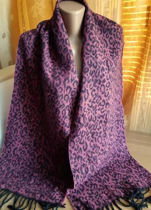 Роскошный шарф с принтом бордо с черным и серебром от бренда  steve madden /сша
