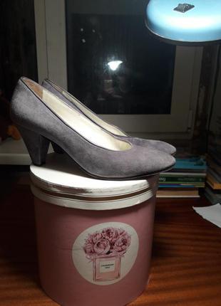 Туфли натуральная кожа замша фирменные размер 36 casadei оригинал италия