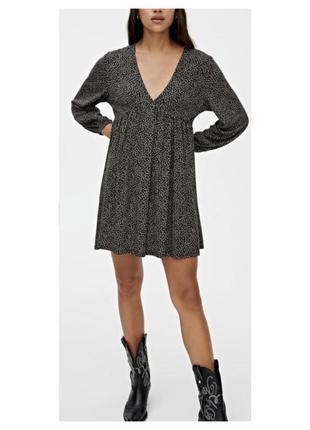 Актуальное платье, отрезное, в цветы, длинный рукав, v-вырез, стильное, модное