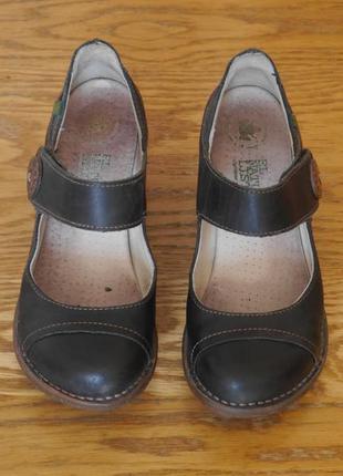 Туфлі шкіряні 38 розмір стелька 24,5 см el naturalista