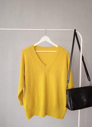 Яркий, стильный свитер оверсайз tu