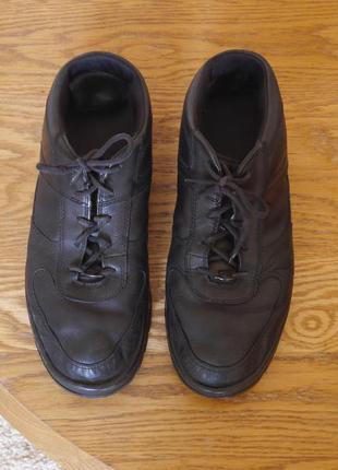 Туфлі шкіряні  чорні розмір 45-46 стелька 29,5 см timberland