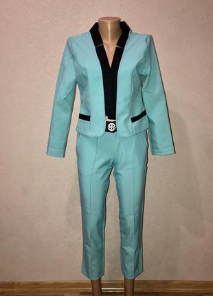 Брючный костюм двойка брюки пиджак в стиле tory burch