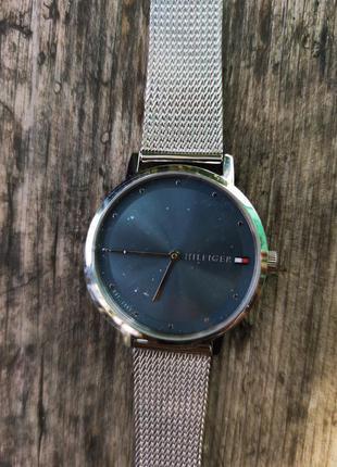 Женские часы tommy hilfiger 1782149