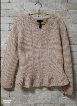 Безшовный свитер с баской