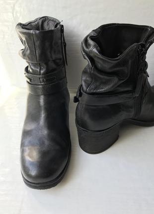 Mjus! натуральная кожа! шикарные удобные ботинки