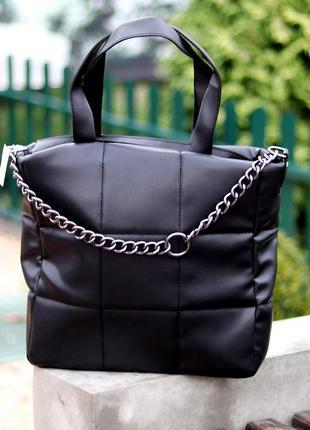 Стильная черная удобная дорожная сумка тоут через плечо с короткими ручками    к. 77022