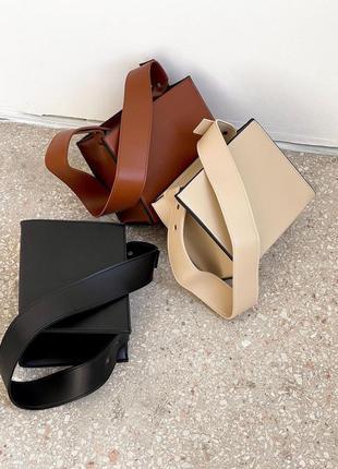 Стильная сумка из эко-кожи
