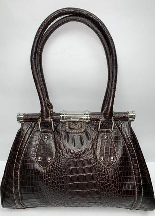 Италия! кожаная фирменная обьемная сумка- саквояж на плечо hobbs.