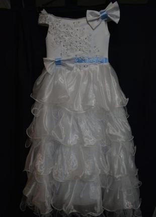 Нарядное платье размер 122-128