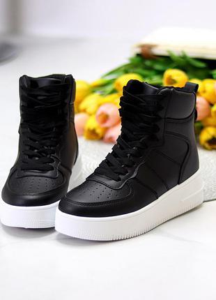 Ультра модные черные женские кроссовки хайтопы на небольшой платформе    к. 11787