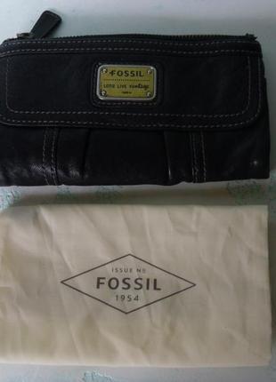 Большой кожаный кошелек fossil + пыльник