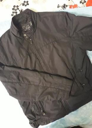 Демисезонная курточка на флисовой подкладке