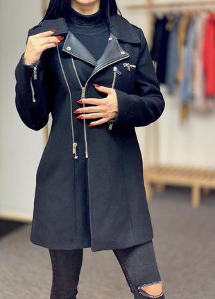 Пальто zara на 36(s)