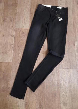 Женские черные джинсы с легкими выбеленностями esmara германия