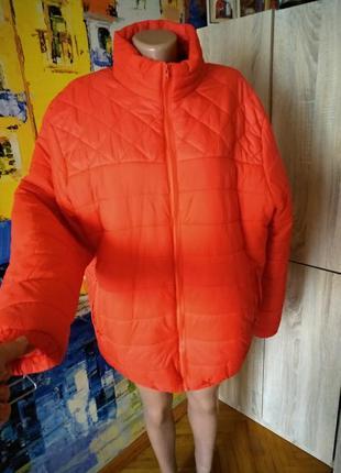Невесомая,тепленькая,стеганая куртка большой 56-58 размер