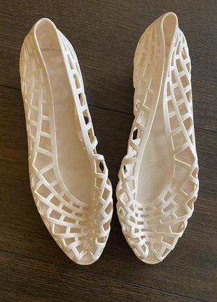 Туфлі резинові