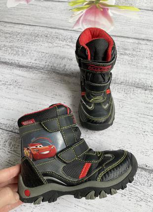 Крутые зимние ботинки сапоги тачки  маквин disney размер 26{17см стелька}