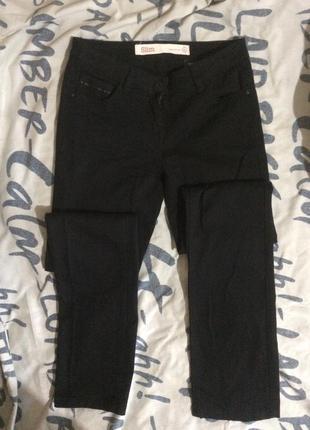 Классические базовые джинсы