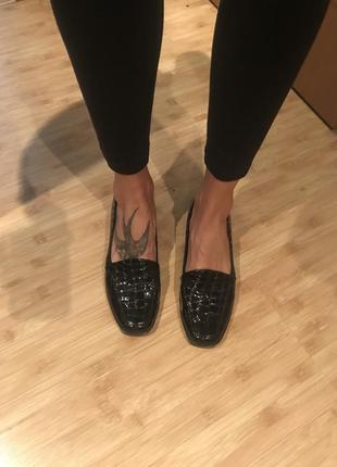 Лаковые туфли кожа крокодил