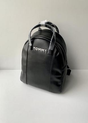 Чёрный рюкзак из эко кожи tommy hilfiger