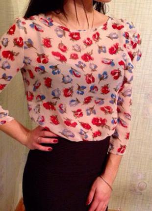 Очень красивая и нарядная блуза