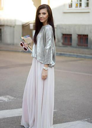 Белая длинная юбка шифон разрез