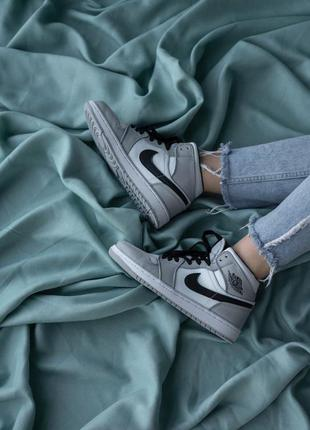 Женские кроссовки демисезонные nike air jordan кожаные найк кросівки