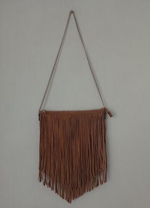 Стильная брендовая сумочка с бахромой из натуральной замши