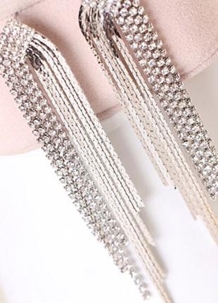 Серьги серёжки длинные вечерние серебристые со стразами кристалы новые