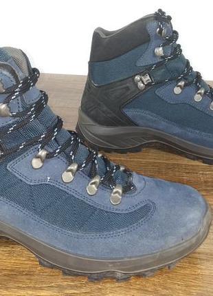 Трекинговые ботинки landrover