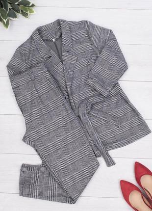 Брючный костюк пиджак и брюки
