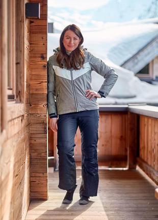 Лыжная женская серая термо куртка crivit германия размер 44 наш