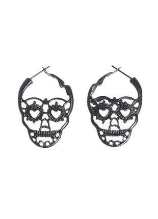 Крутые серьги в стиле рок готика сережки череп