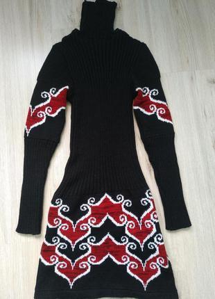 Оригинальное теплое платье с узорами (можно для беременной, тянется отлично)