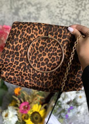 Леопардовая сумочка new look