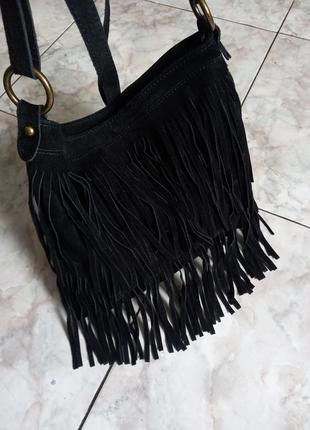 Замшевая сумочка с бахромой