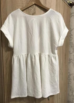 Блуза белая с красивой спиной