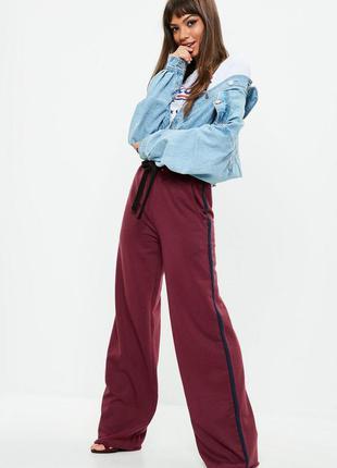 Трендовые штаны с лампасами