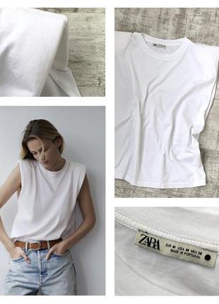 Свободная хлопковая футболка топ zara с плечиками/ подплечниками оверсайз свободного кроя хлопок/ коттон