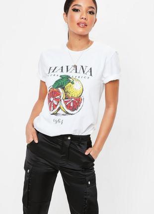 Базовая футболка с принтом