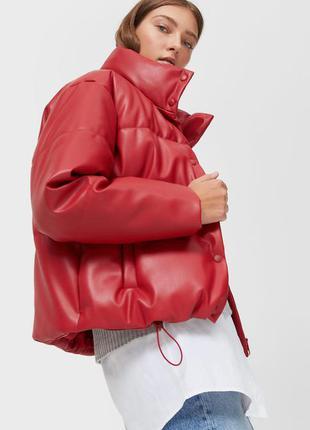 Дута куртка зі штучної шкіри stradivarius