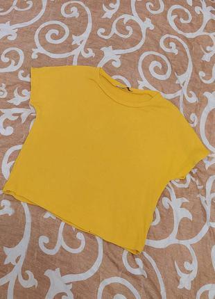 Фирменная укороченная футболка,топ zara